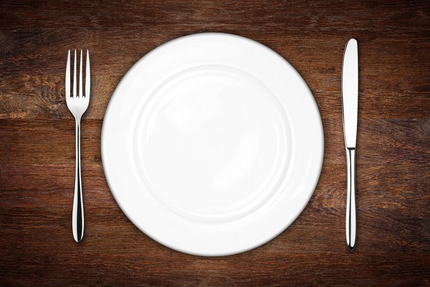 A vacsora kihagyása segít vagy fékez a fogyókúrás fogyókúra iskolában