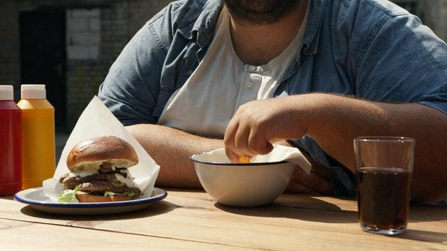 hogyan lehet elveszíteni a makacs hasi kövér kvórát