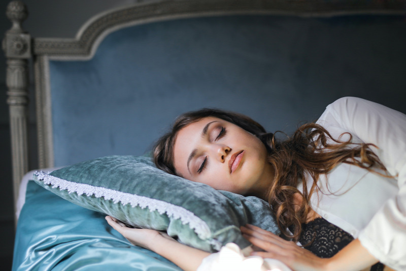 fogyás alvási helyzetben)
