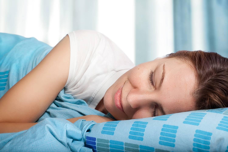 a hideg alvás miatt lefogy)