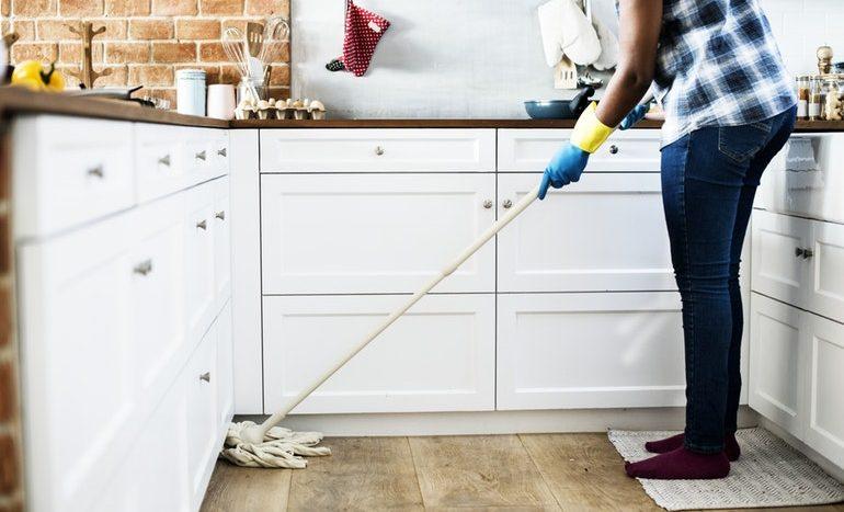 fogyni ház takarítás)